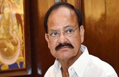 Vice-President Venkaiah Naidu offers prayers at Tirupati