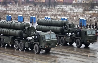 Despite US threat, India, Russia to sign S-400 air defence system deal during Putin's India visit