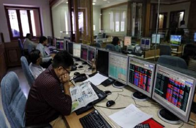 After the market crash, investors become poorer by Rs 5 lakh crore in two days