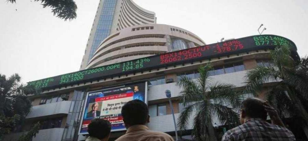 Closing Bell: Sensex crashes over 750 points; Nifty below 10,300-mark (File Photo)