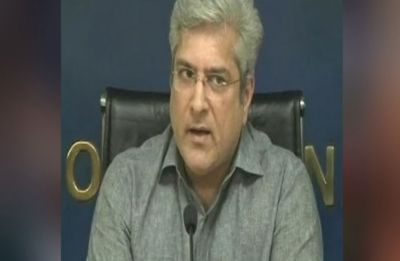Cash, papers of Benami assets recovered from AAP minister Kailash Gahlot's residence during IT raids