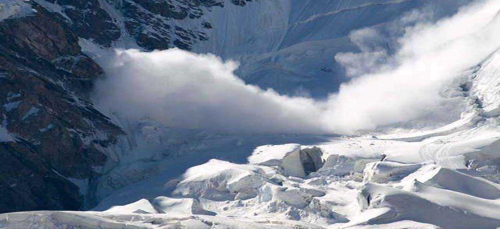 Powerful avalanche hits Nepal peak, five Korean climbers among nine killed (Photo- Twitter)