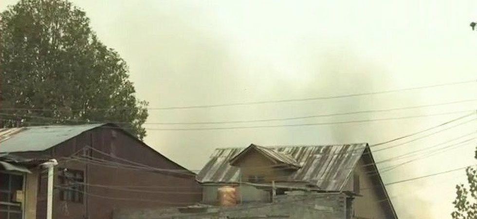 J-K Encounter: Three militants, policeman killed at Fateh Kadal in Srinagar