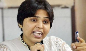 Sabarimala Temple: Women rights activist Trupti Desai detained in Pune on her way to Shirdi to meet PM Modi