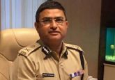 LIVE | Special CBI director Rakesh Asthana will not be arrested till next court hearing on Monday