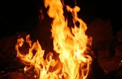 Mumbai: Fire breaks out in Bandra slum, nine fire engines rushed to spot