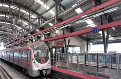 Delhi Metro announces 21 additional trains in view of air pollution