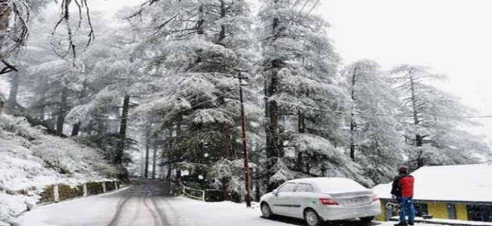 Kashmir capital freezes at sub-zero temperature, records coldest night of season