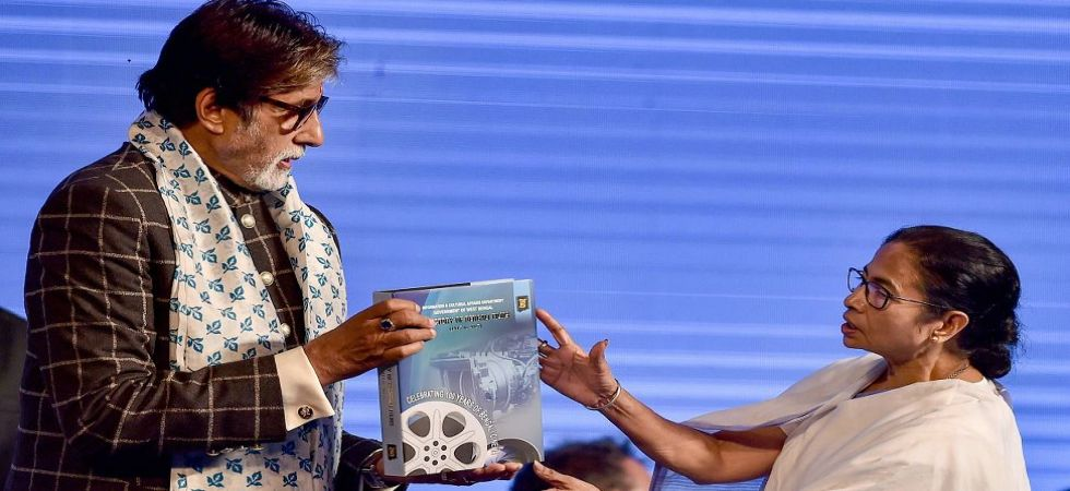 Amitabh Bachchan's dynamic Bengali speech amuses audience at KIFF (Photo Source: PTI)