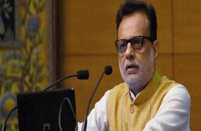 Finance Secretary Hasmukh Adhia to retire on November 30; Aadhaar CEO likely replacement