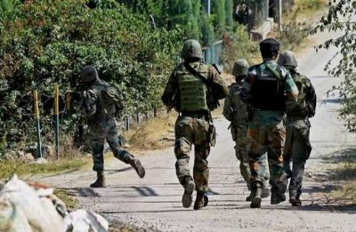 Jammu and Kashmir: Army jawan, 4 terrorists killed in Shopian encounter