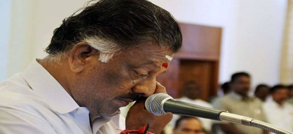 Tamil Nadu Deputy Chief Minister O Panneerselvam was touring cyclone-affected areas in Thanjavur district. (file photo)
