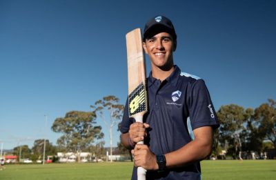 This Australian teenager does a Yuvraj Singh – Blasts six sixes in an over