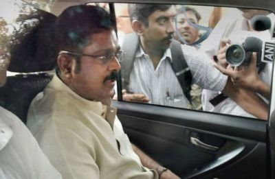 Delhi court frames charges against Dhinakaran in Election Commission bribery case