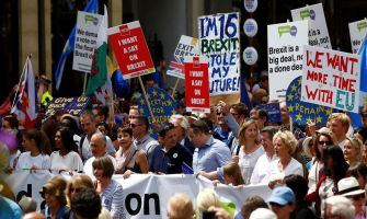 Thousands turn out for pro and anti Brexit marches in UK