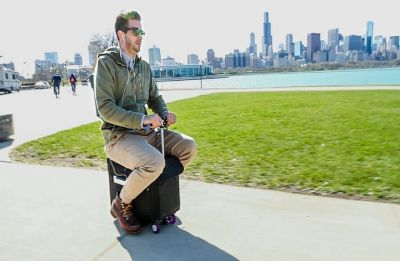 Scared of missing your flight? This motorized luggage is the solution!