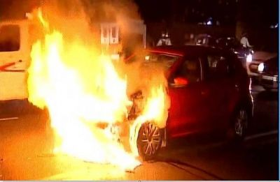 4 killed, 2 injured as car catches fire in Uttar Pradesh