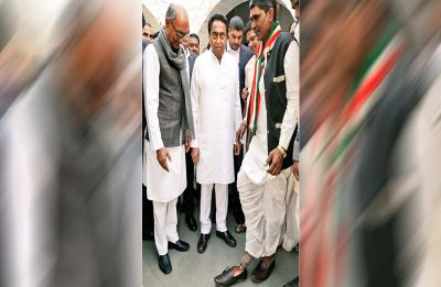 In Madhya Pradesh, why Kamal Nath helped this Congress worker in wearing shoes