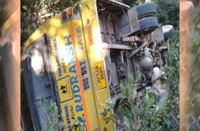 Himachal Pradesh: 35 schoolkids injured in bus accident at Kangra