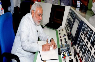 Yearender 2018: How Rafale deal, Hindi heartland loss made it toughest year for PM Narendra Modi