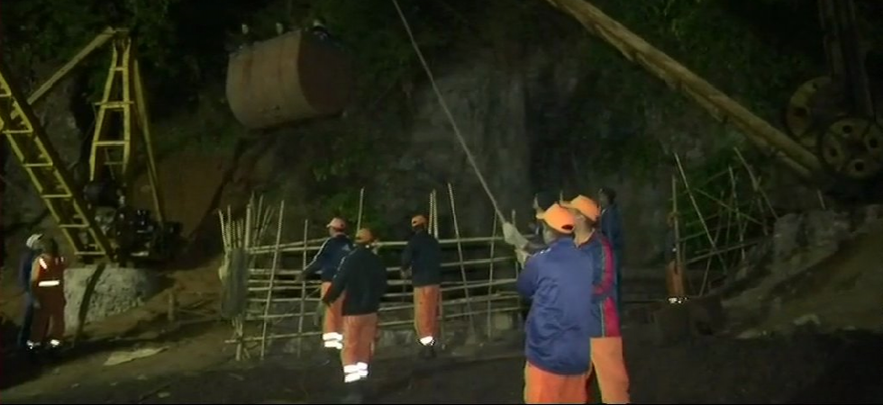 The divers went inside a 370-foot-deep mine in Meghalaya's East Jaintia Hills district. (ANI/Twitter)