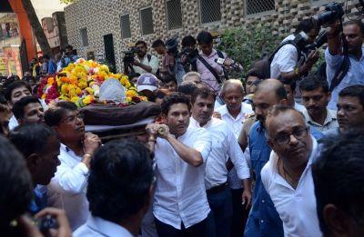 Why no state funeral for Padma Shri Ramakant Achrekar, coach of Bharat Ratna Sachin Tendulkar?