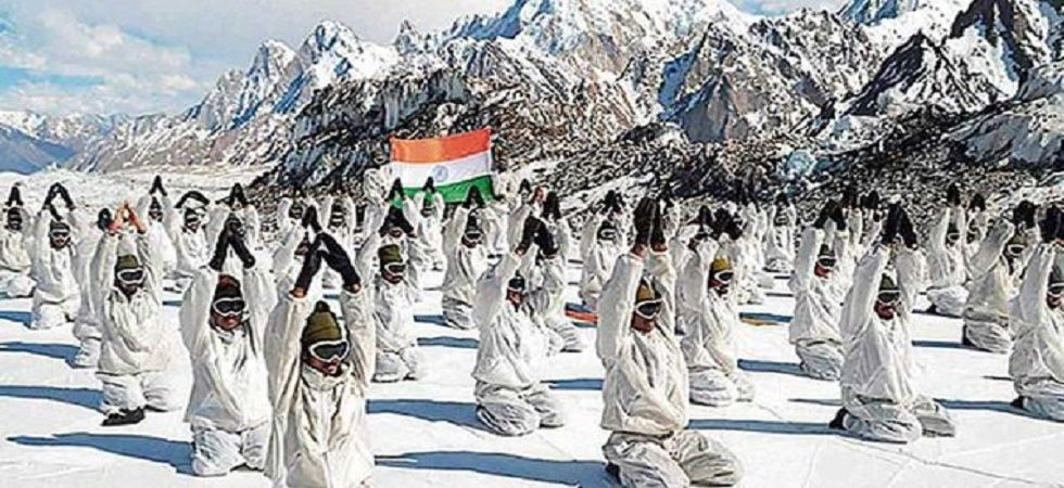 Indian soldiers in Siachen can now have a water-less bath (Photo: Twitter)
