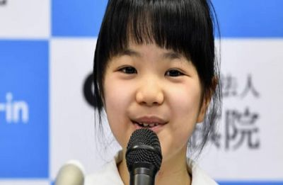 10-year-old Japanese girl to become youngest professional Go player