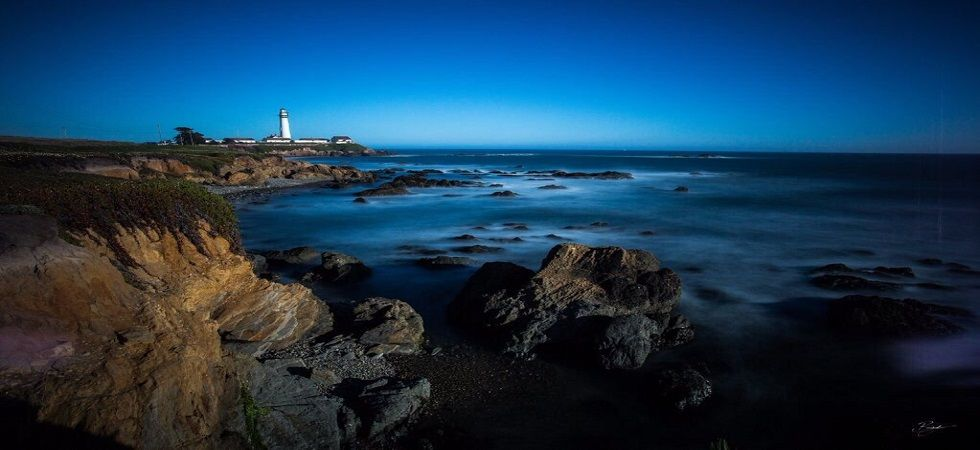 US Island to pay Rs 91.6 lakh salary to look after lighthouse (Photo: Twitter)