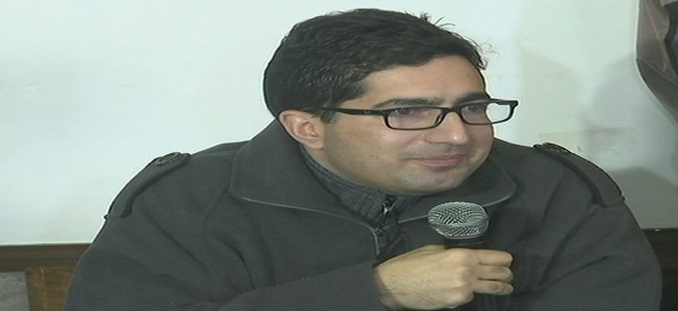 Shah Faesal, an MBBS degree holder may contest the Lok Sabha elections from Baramulla parliamentary seat on an NC ticket.