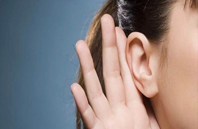 Woman diagnosed with rare hearing condition, can only hear women's voices and not male