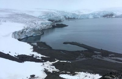 Antarctic ice sheet melting 6 times faster than 1980s, say scientists