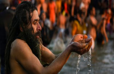 Kumbh Mela 2019: 'Paush Purnima Snan' today, 60 lakh devotees set to take holy dip