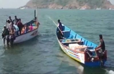 Eight dead, one missing after boat capsizes in Karnataka's Karwar, rescue operations on