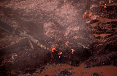 Brazil dam disaster: 9 bodies recovered, fears rise for 300 missing