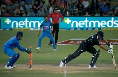 MS Dhoni's freakish stumping of Ross Taylor in Bay Oval ODI confirms he is out of this world