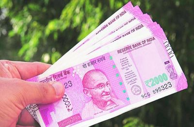 Rupee slips 25 paise to 71.36 vs US dollar in early trade