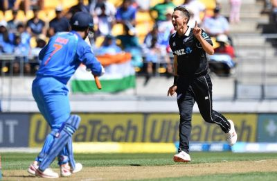 Superman Trent Boult's Jonty Rhodes-like athleticism awes fans in Wellington ODI vs India