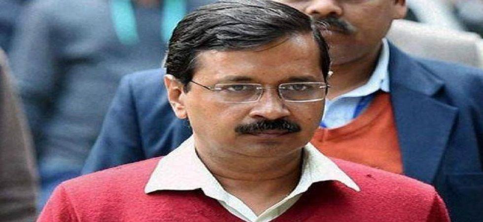 Delhi Chief Minister Arvind Kejriwal's convoy attacked.