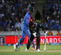 Stumping in 0.099 seconds in Hamilton T20I vs New Zealand! Is MS Dhoni human?