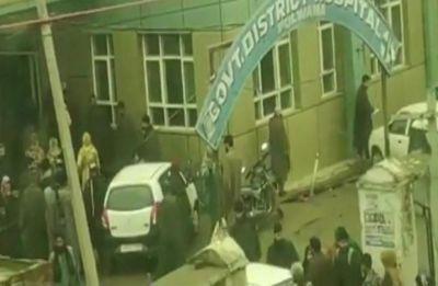 Blast in Jammu and Kashmir's Pulwama school, 10 children injured