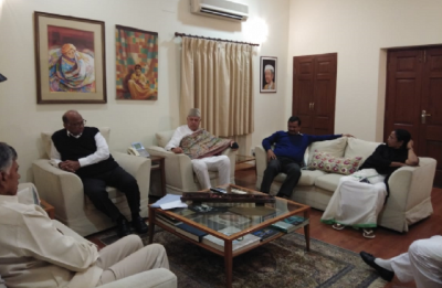 After Delhi rally, opposition leaders meet at Sharad Pawar's house, agree on 'principal target'