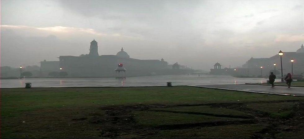 Delhi-NCR wakes up to rainy Valentine's morning, hailstorm likely
