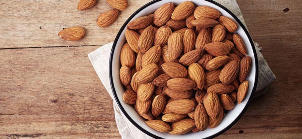 Eating nuts may slash heart disease risk in diabetics.