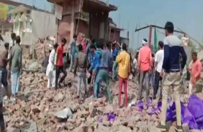 10 dead after explosion in two-storey building in UP's Bhadohi