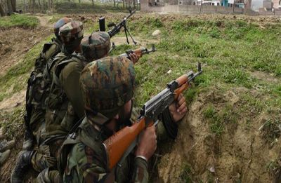 Pakistan Army violates ceasefire in Jammu and Kashmir's Nowshera sector