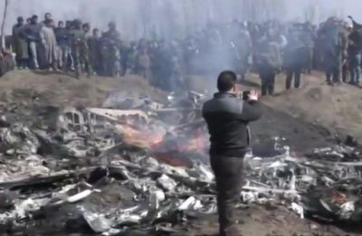 Indian Air Force's Mi-17 chopper crashes in Jammu and Kashmir's Budgam, 2 dead