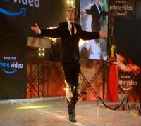 Akshay Kumar sets the stage on fire literally at the launch of his first web show