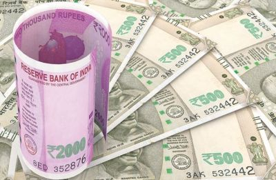 Rupee slips 11 paise to 70.60 against US dollar in opening trade