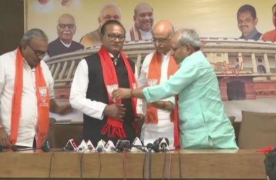 After Jawahar Chavda, Gujarat Congress MLA Purushottam Sawariya joins BJP